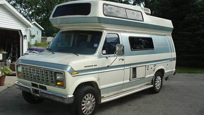 1990 E250 19FT Van For Sale In North Webster IN